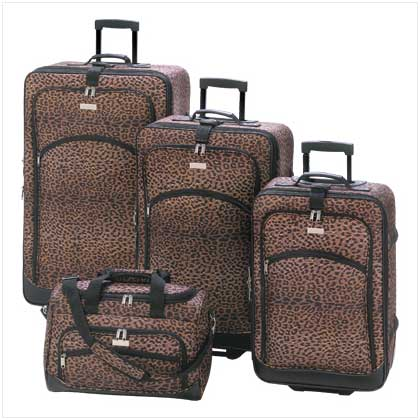 Set of Luggage Leopard print